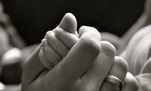 minik bebek eli resim 2