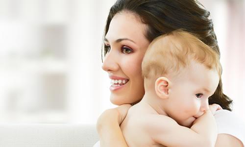 Genç Yaşta Anne Olmanın Avantajları