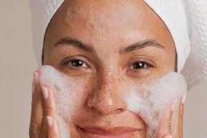 Cilt Lekesi İçin Maske Önerisi