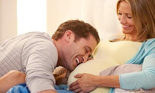 hamile ese ilgi gostermek