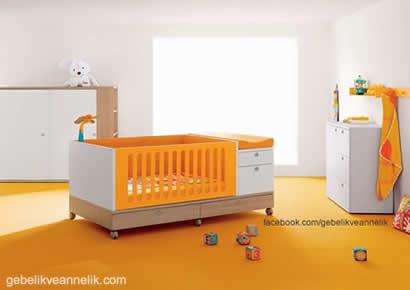 turuncu beyaz bebek odası dekorasyonu