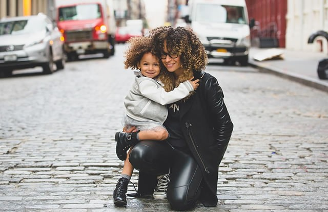 Anneler ve Çocukları Arasındaki Sevgi