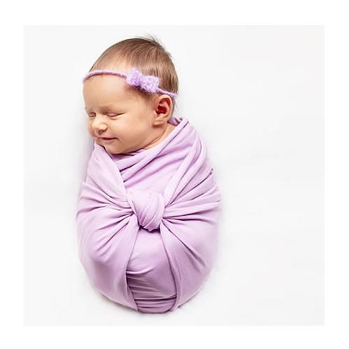 Yenidoğan Sevimli Bebek Fotoğrafları