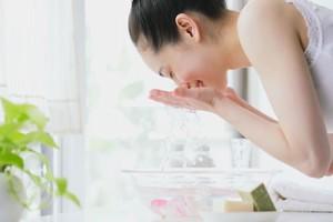 Günlük Cilt Temizliği Nasıl Yapılır?