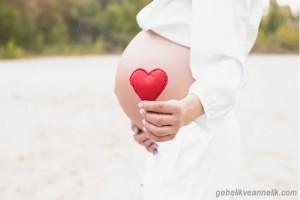 Hamilelikte Kalp Çarpıntısı Neden Olur, Nasıl Geçer?